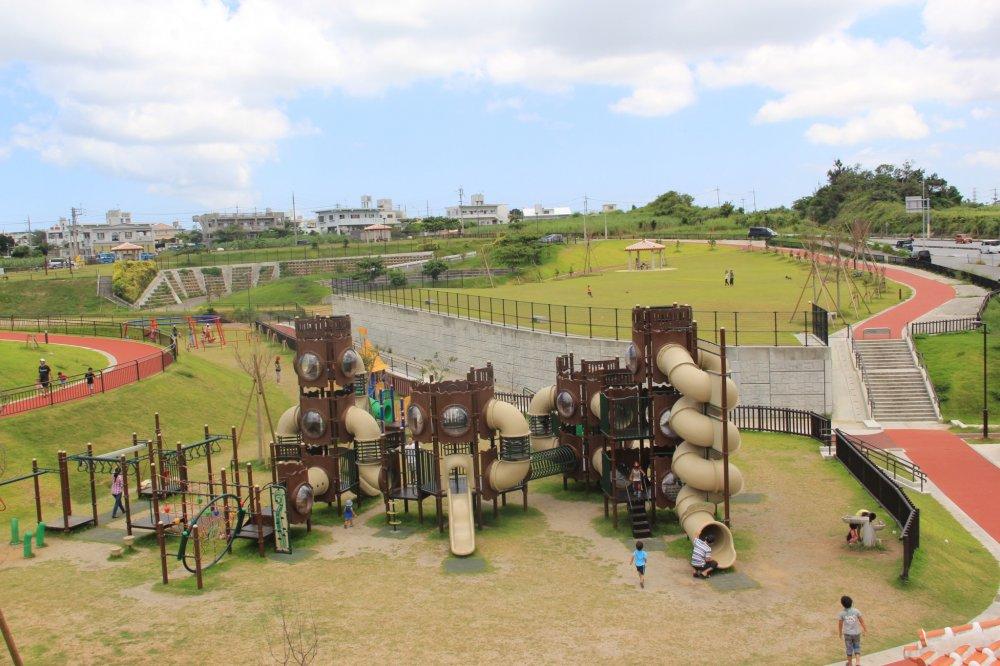 Парк Иха - рай для детей с непоседливыми детьми