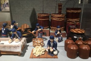 Models show the traditional methods of the ishigura