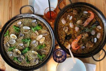 The popular paella of Spanish cuisine