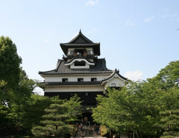 Báu Vật Quốc Gia: Thành Cổ Inuyama