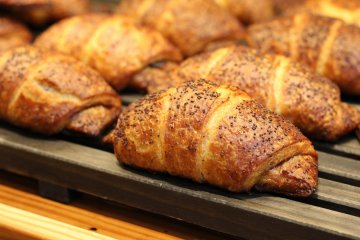 Fresh pastries are available at the in-house bakery from 7:30am