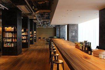 Salon bar 6F