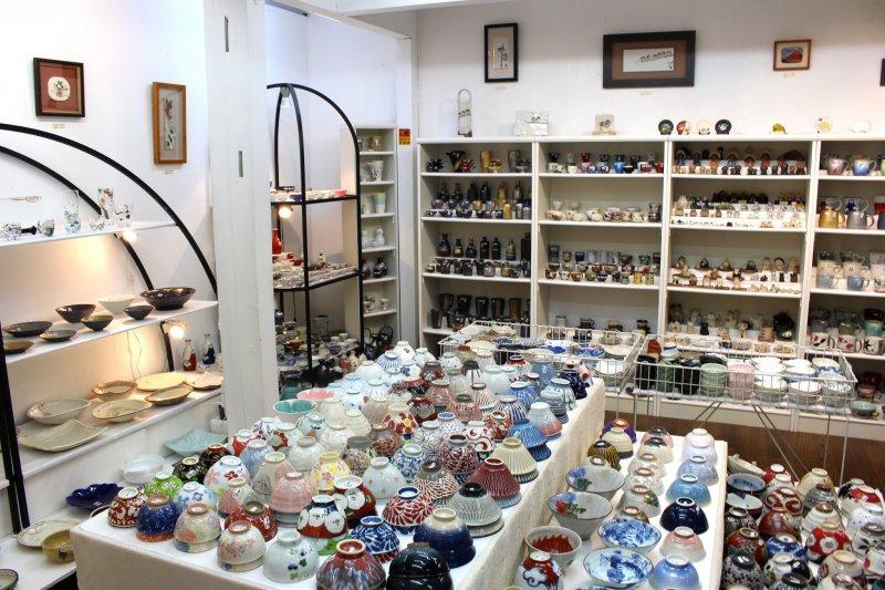 Интерьер магазина керамики Фука (Fuka)