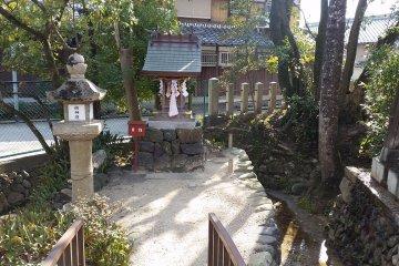 Small secondary shrine