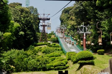 The chairlift seems to be more fun than the ropeway. However, it's not a good option during summer, winter or rainy seasons.