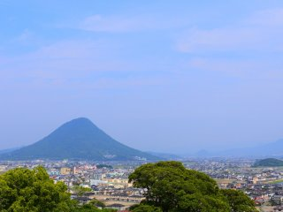 The great view from Marukame Castle