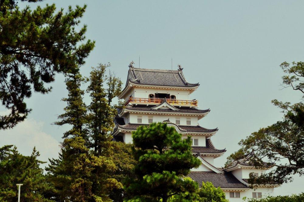 Tòa thành là bản phục dựng của nguyên bản trước đó được xây vào năm 1622