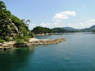 Seulement quatre des plus de 200 îles sont habitées