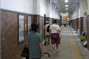 The spacious hallways throughout the station