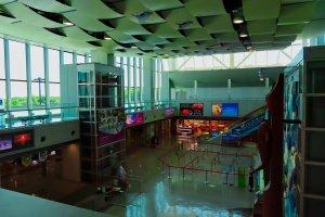 Bên trong sân bay Kushiro hiện đại