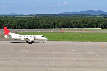 Kushiro Airport is well served with smaller regional aircraft such as this Hokkaido Air System Saab 340B