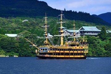 All Aboard! Lake Ashi's Medieval Boat Tour