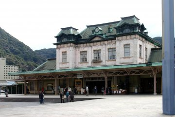 Mojiko Station before renovation