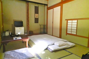 The simple and lovely tatami room.