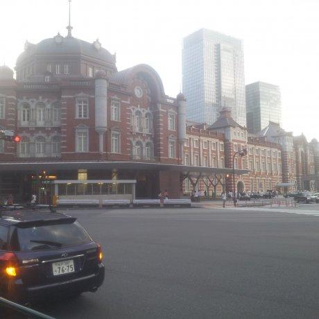 옛 도쿄의 모습을 느낄 수 있는 도쿄역!