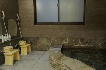 The bathing facilities offer a relaxing environment after a hard days walk around the city
