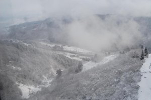 Permulaan musim dingin di Yuzawa.