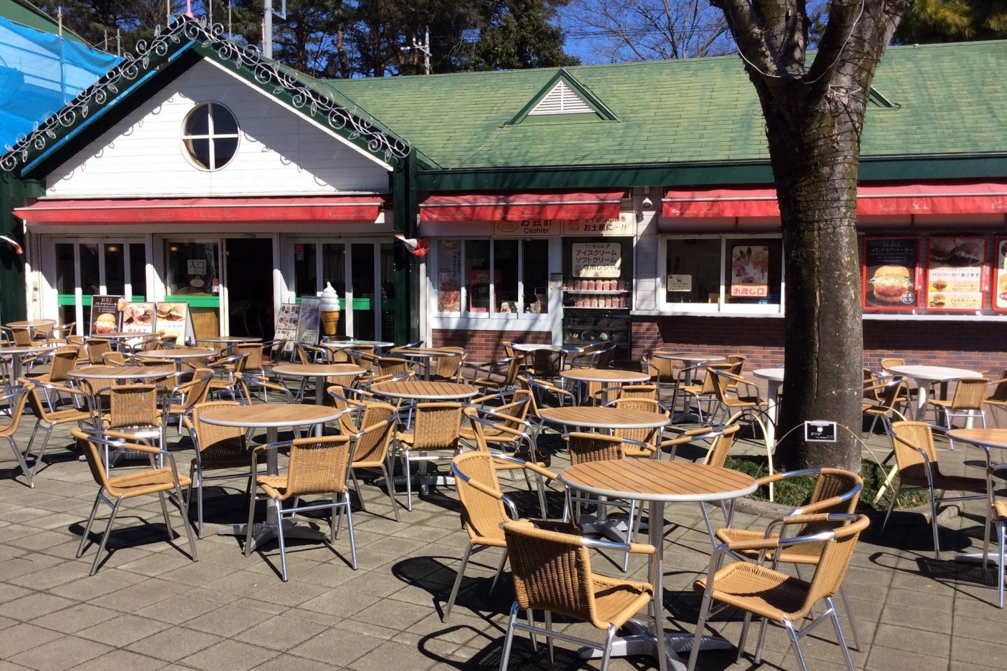 Seating outside the cafe in Saiboku