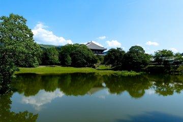 Daibutsu-ike Pond near Kaidan-in