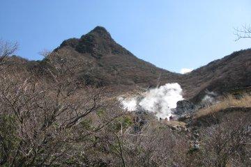 The view around Owakudani
