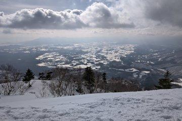 Overlooking the town of Shizukuishi