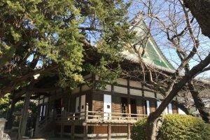The main building of Hokai-ji
