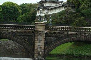 二重桥近景