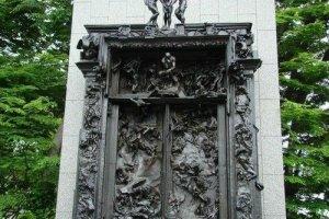 东京都美术馆罗丹雕塑