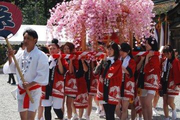 Kumano Hongu Shrine Spring Festival