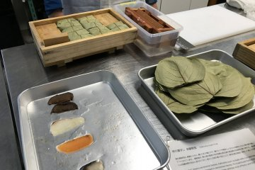 Ingredients for kakinoha-zushi are all on the table
