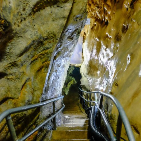 Yugendo Cave