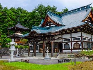 Um dos templos mais impressionantes em Tono