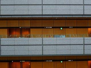 بالنسبة للذين يقدرون العمارة ، سوف يستمتعون بمنتدى طوكيو الدولي