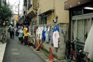 Narrow alley in Shimokitazawa