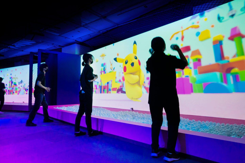 Meet Pokémon in Colors City