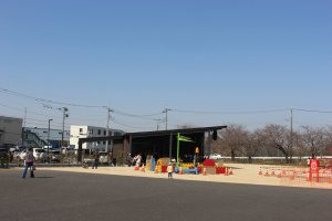 Playground and terrace at Irumagawa Nico Nico Terrace Starbucks