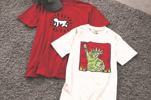 Pick up some New York merchandise like Statue of Liberty tees
