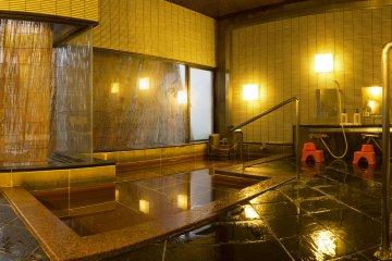 ห้องอาบน้ำสาธารณะเป็นสถานที่อันสมบูรณ์แบบในการผ่อนคลาย