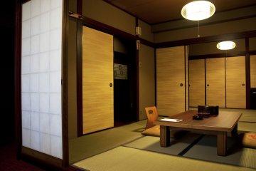 Japanese tatami style room: simple and elegant