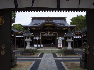 松原神社 中殿