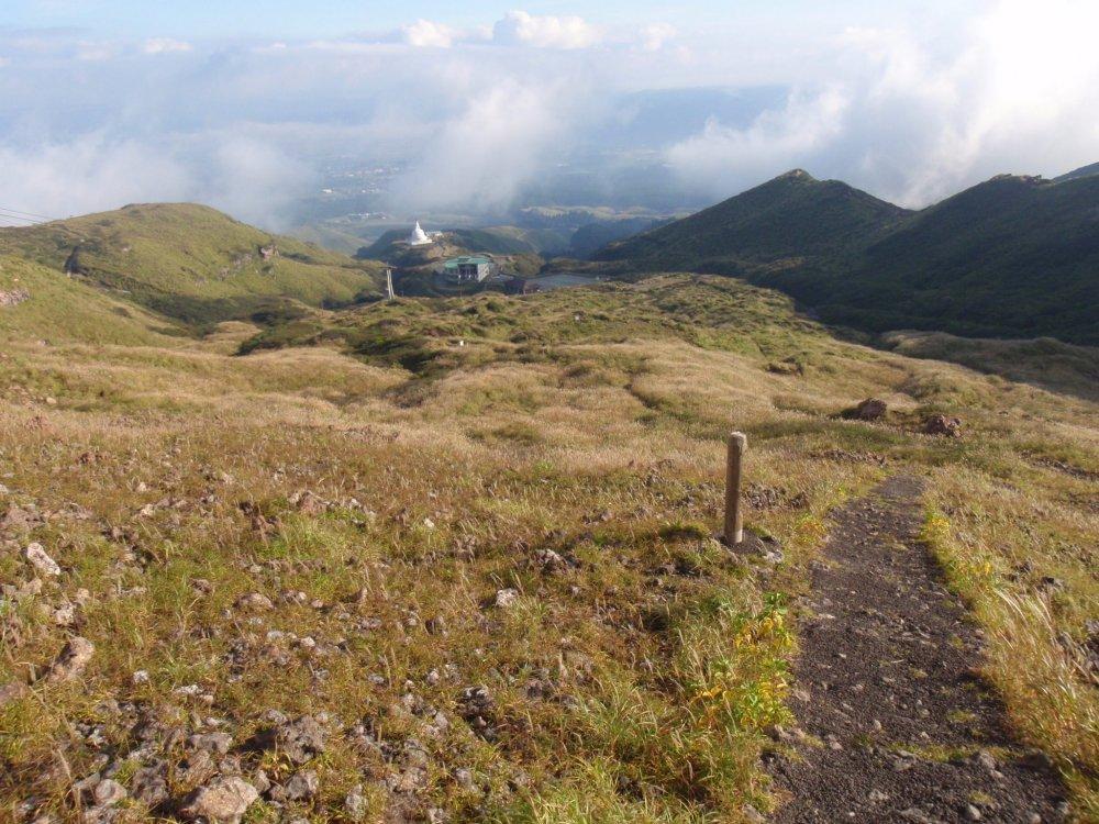 Đường lên núi