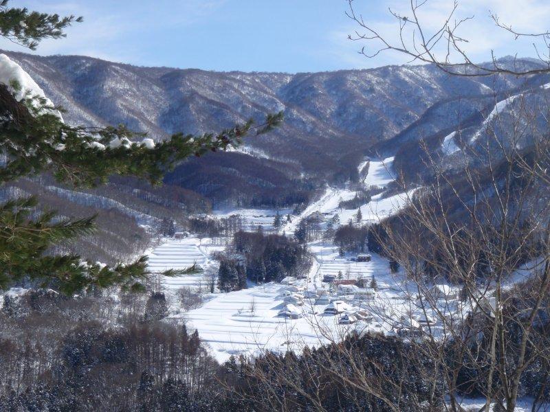 Looking at Hodaigi Ski resort from across the valley