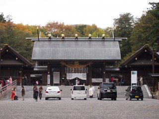 Cars parked at the entrance of the temple were first blessed by a ritual done by the priest.