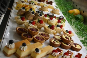 Forget your diet for the night and dig in to the fantastic dessert buffet at C'est la Vie