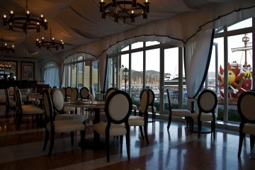 The Tea Clipper Lounge where you can enjoy French pastries and Italian gelato