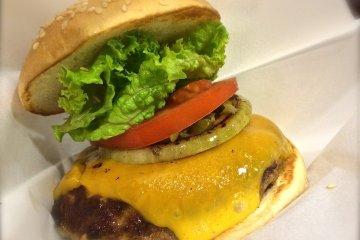 Freshness Burger in Kamakura
