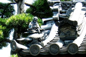 Shoki and other roof statues are part of Kyoto's historical and cultural heritage.