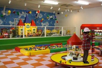 <p>ห้องเลโก้</p>