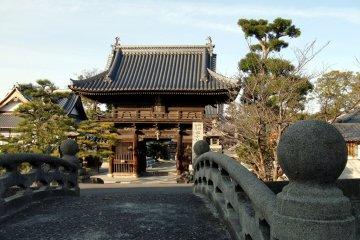 Sairin-ji Temple in Matsuyama
