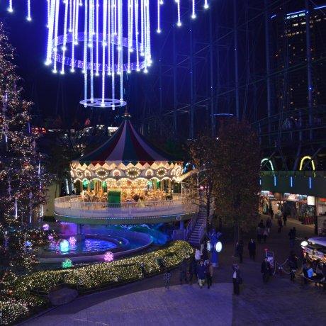 عالم الإضاءة في قبة طوكيو.